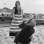 Rúrí, <i>A Proposition How to Change the Icelandic National Costume to Meet with Modern Icelandic Society</i>, Reykjavík, Islande, 1er décembre 1974